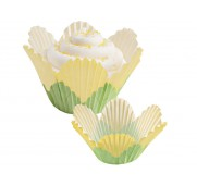 baking-cups-yellow-petal-wilton