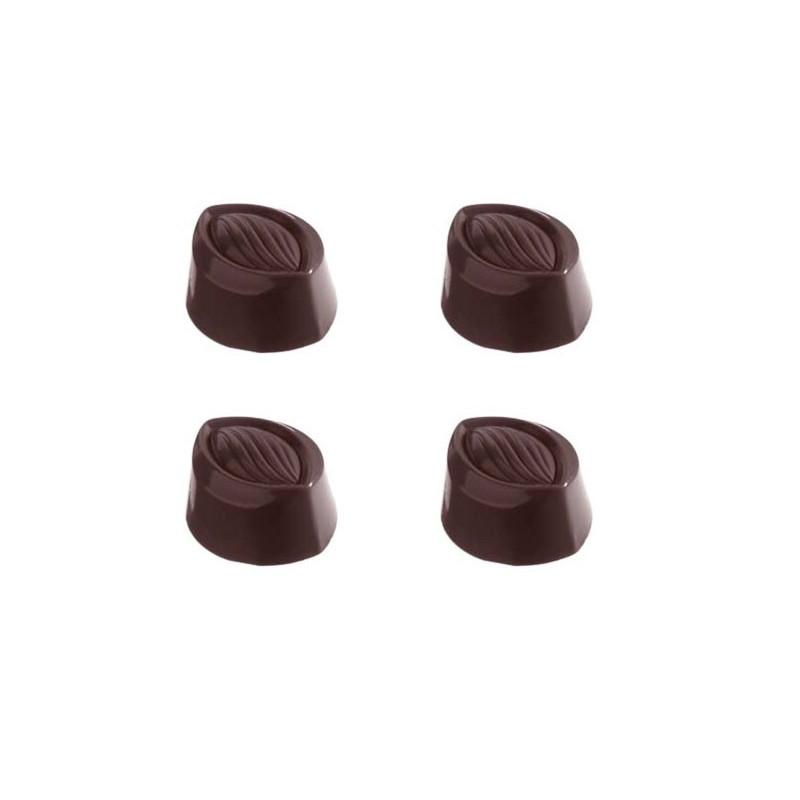 Pralinform Oval Mandel - Chocolate World