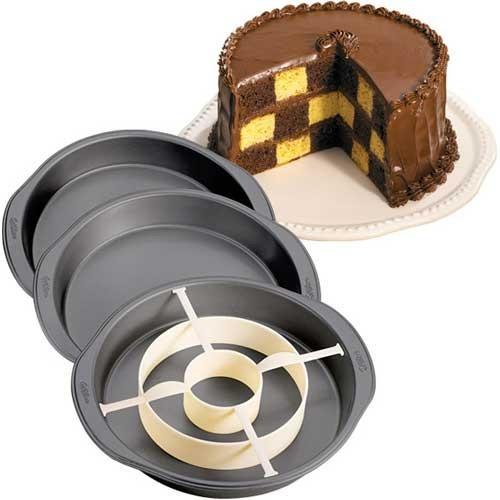 Wilton Bakform Shackrutig tårta