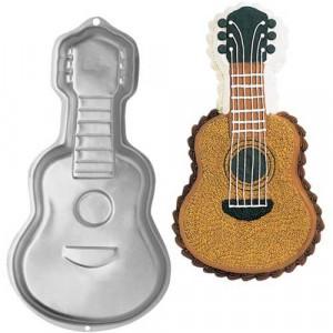 Wilton Bakform, Guitar Pan
