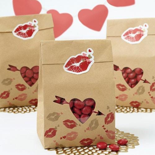 Wilton Godispåsar i papper, Kärlek