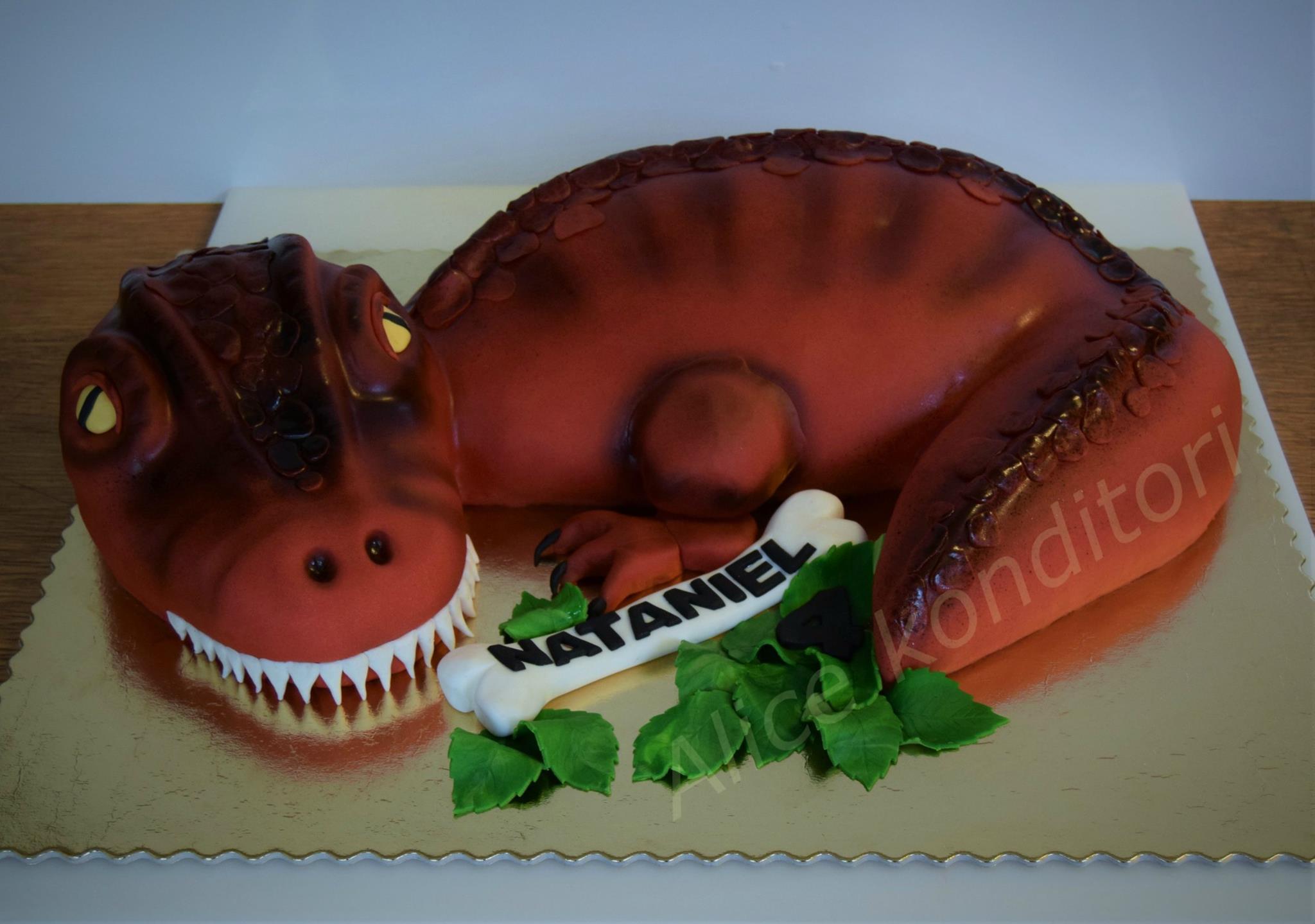 Prinsesstårta i form av dinosaurie