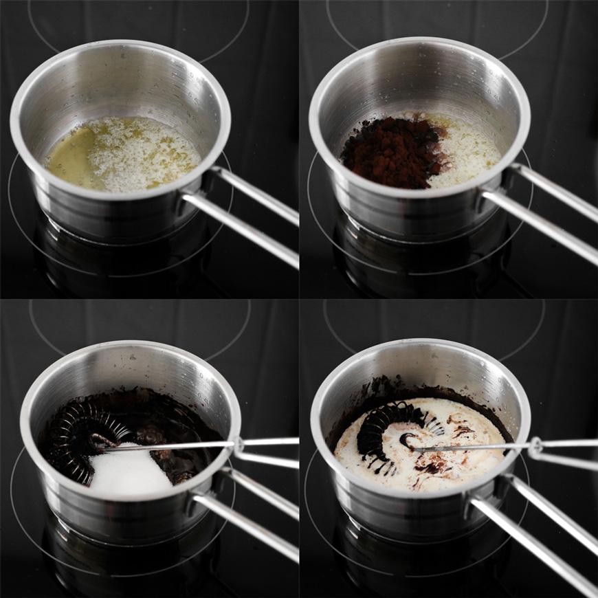Koka smör, sirap, grädde och socker i en kastrull.