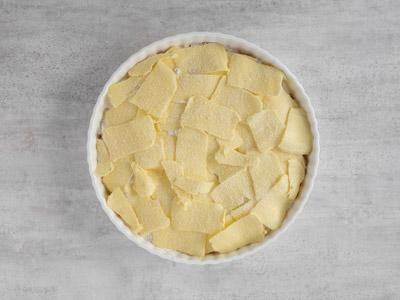 Hyvla smör över alla ingredienser.
