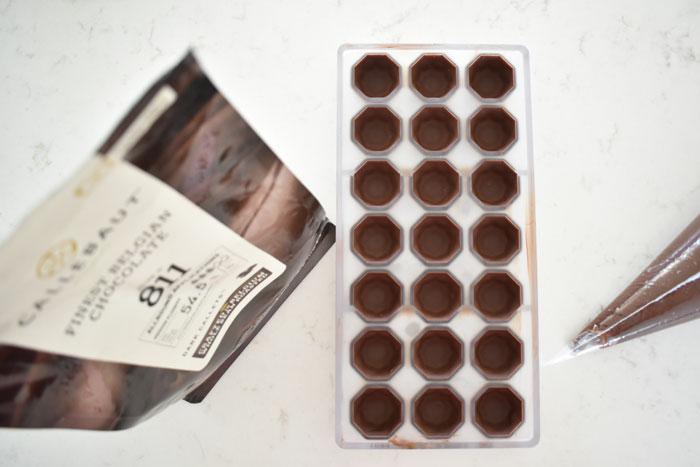 Chokladpralinernas skal.