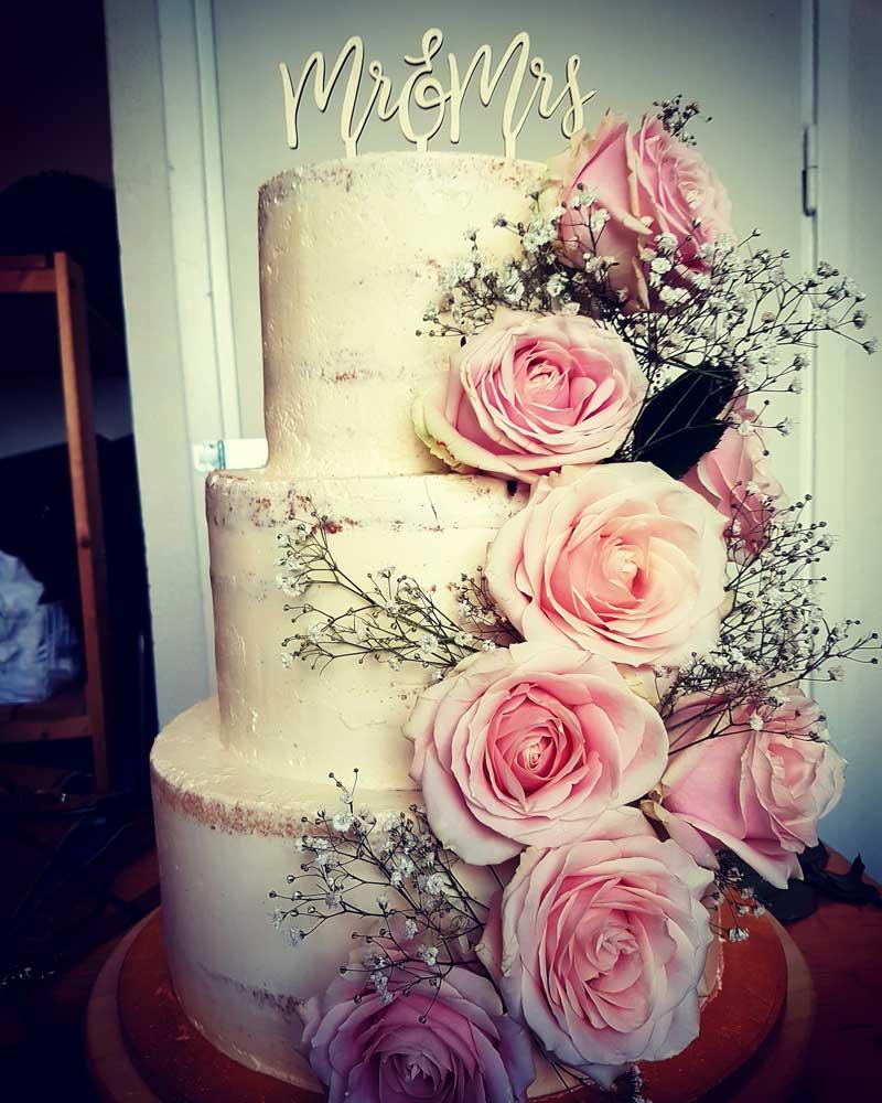178ad1fed13a Naked Cake - En avklädd tårta - Lyckasmedmat.se