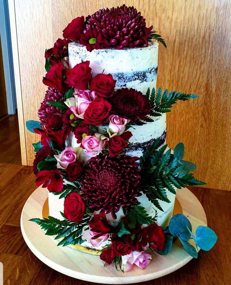 Naked cake av Anna Mustonen