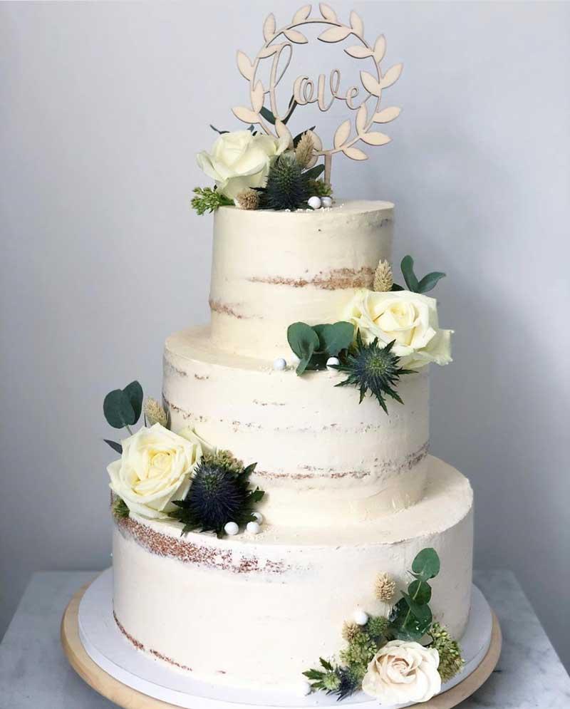 Naked cake av Lina Altum