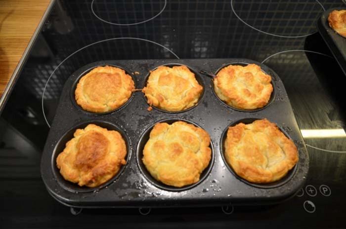 Portionspajer med bacon och ost